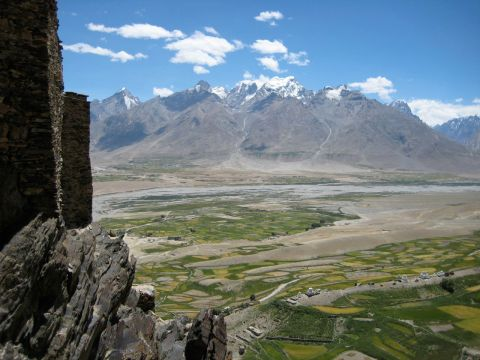 The valley with the Zanskar river in the background